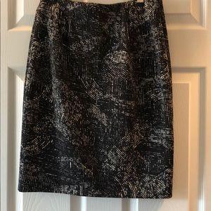 Alfani Black & White petite skirt